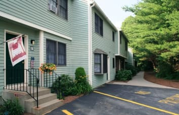 Sturbridge Meadows is a nearby community of Talbot Woods Apartments
