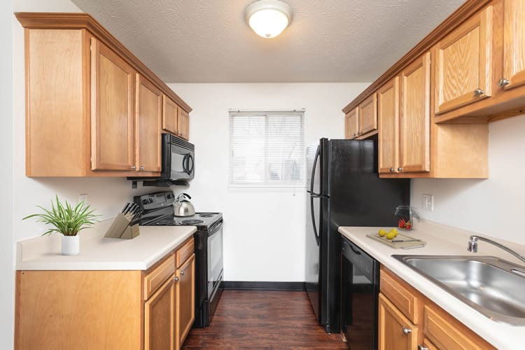Upgraded kitchen at Waverlywood Apartments & Townhomes in Webster, New York