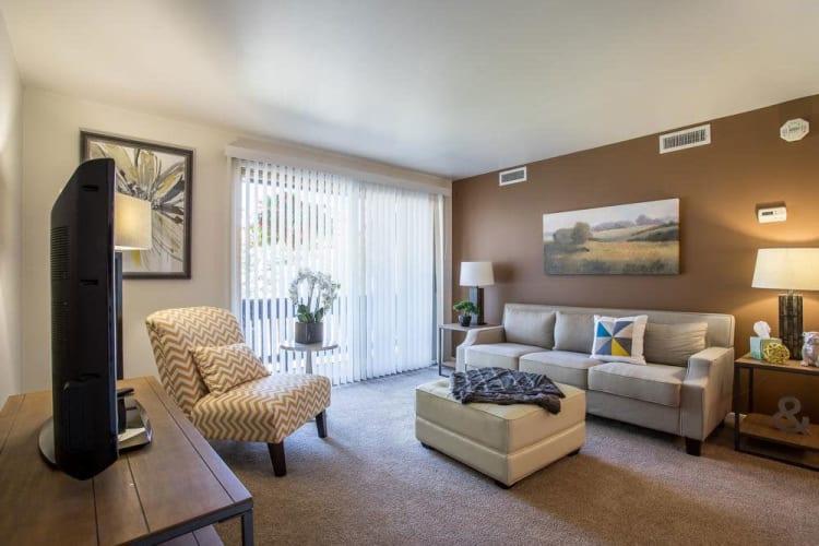Interior at Idylwood Resort Apartments in Cheektowaga, New York