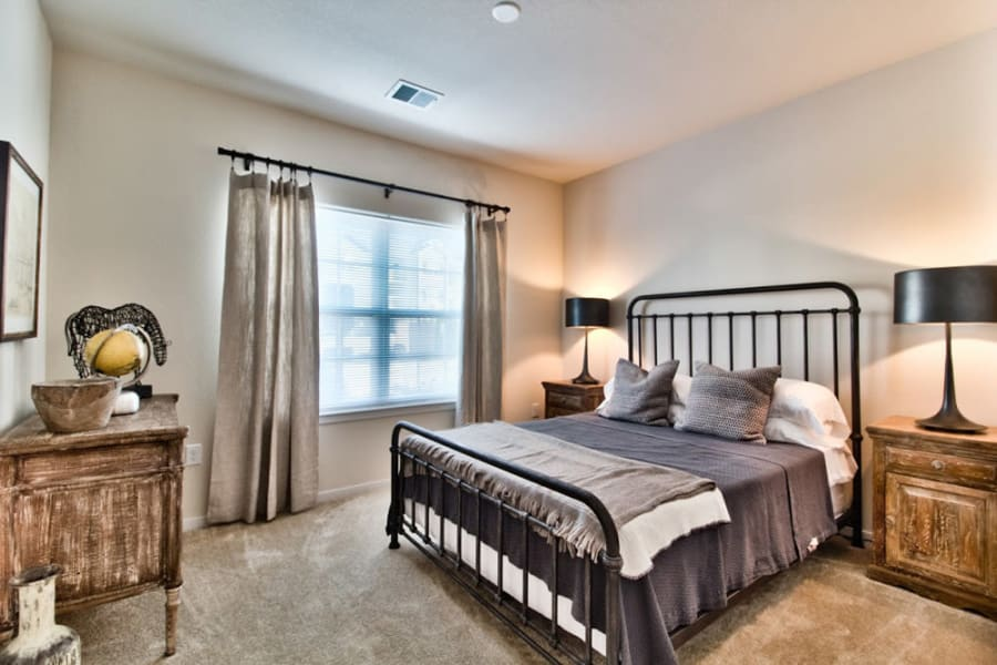 Large resident bedroom at Aventura at Mid Rivers in Saint Charles, Missouri.
