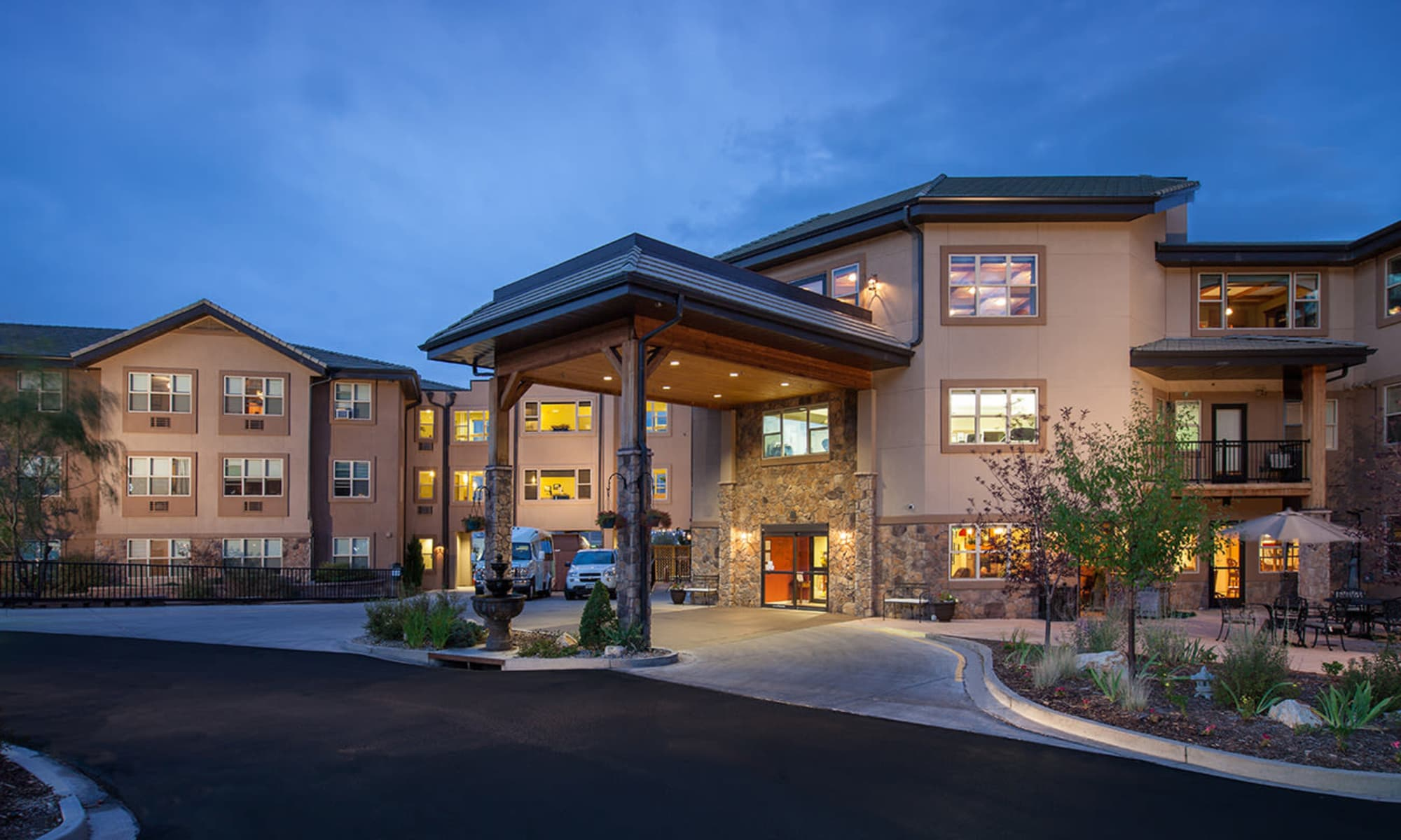 Senior Living Center | The Palisades at Broadmoor Park in Colorado Springs, Colorado