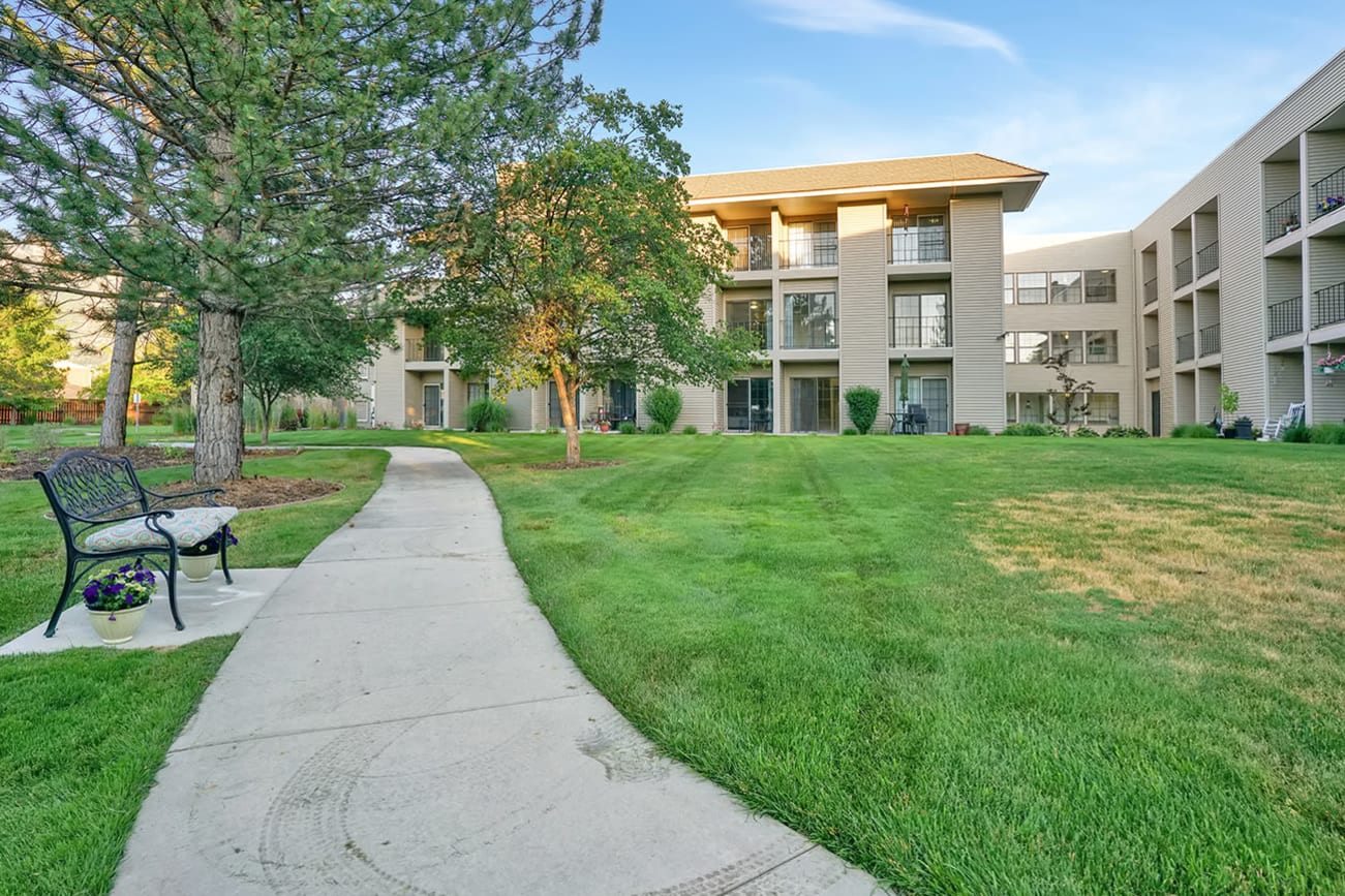 Senior care at Cottonwood Creek in Salt Lake City, Utah