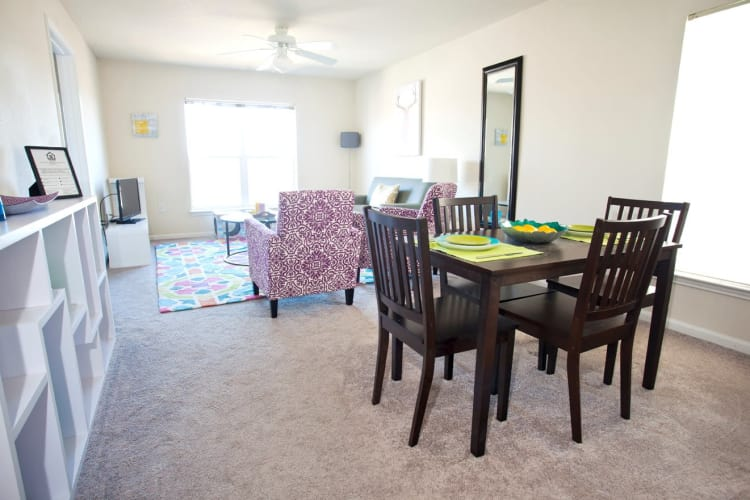 Affordable 2 3 Bedroom Student Apartments In Boone Nc - Flooring-for-dining-room