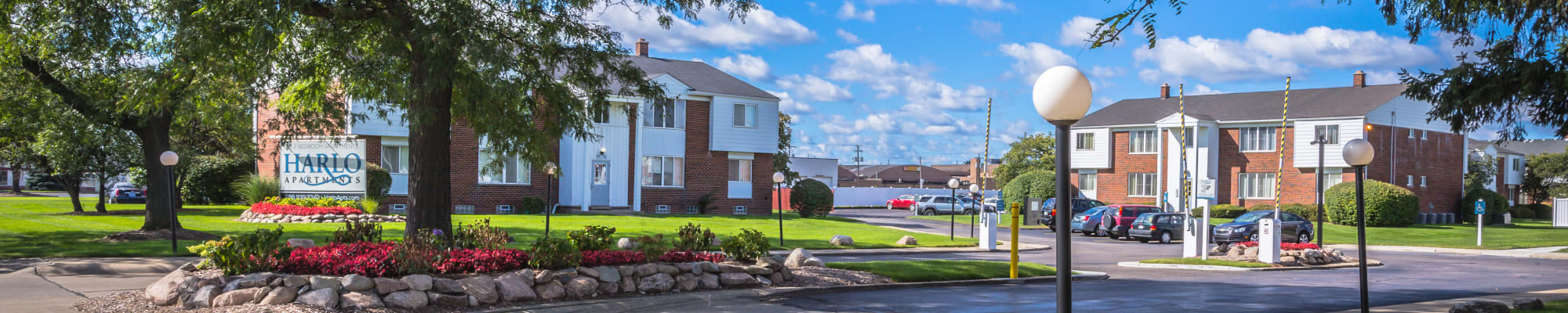 Pet friendly apartments in Warren, Michigan at Harlo Apartments