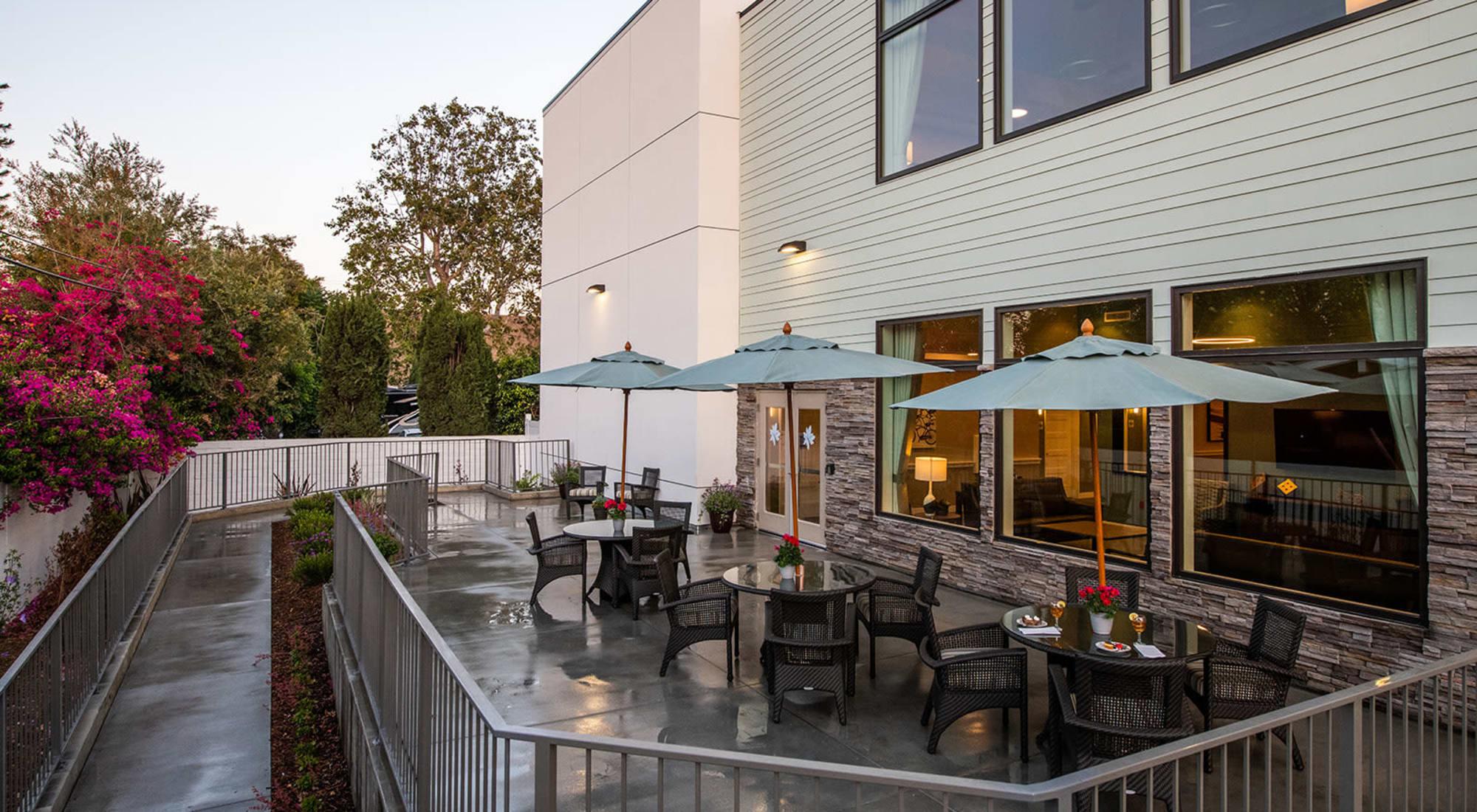 Patio at Seasons Memory Care at Rolling Hills in Torrance, California