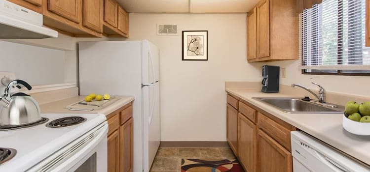 Modern kitchen at High Acres Apartments & Townhomes home in Syracuse
