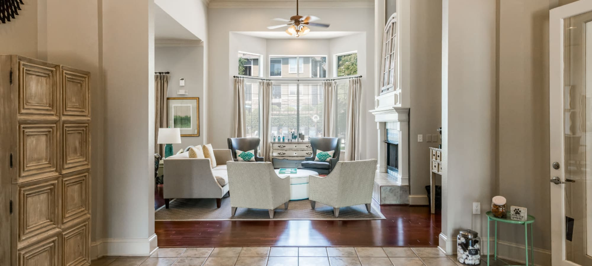 Virtual tours of Marquis at Carmel Commons in Charlotte, North Carolina