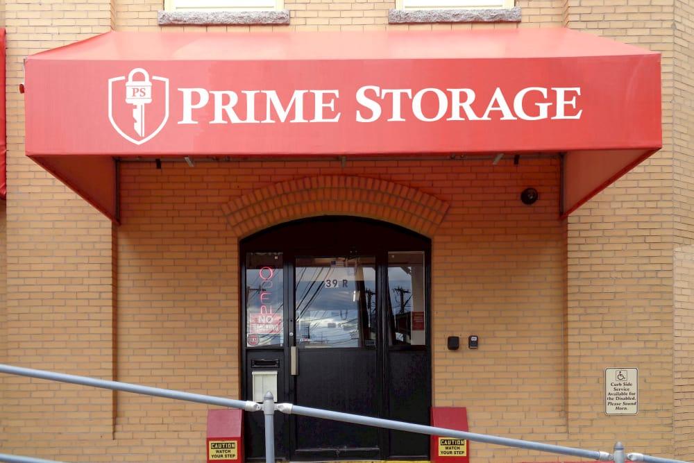Front entrance at Prime Storage in Somerville, Massachusetts