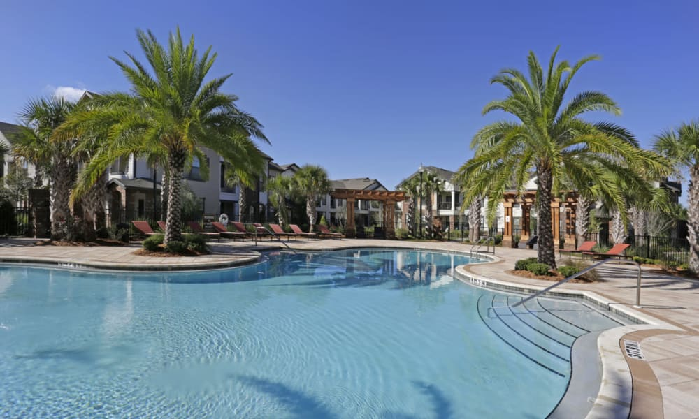 Resort-style swimming pool at The Hawthorne in Jacksonville, Florida