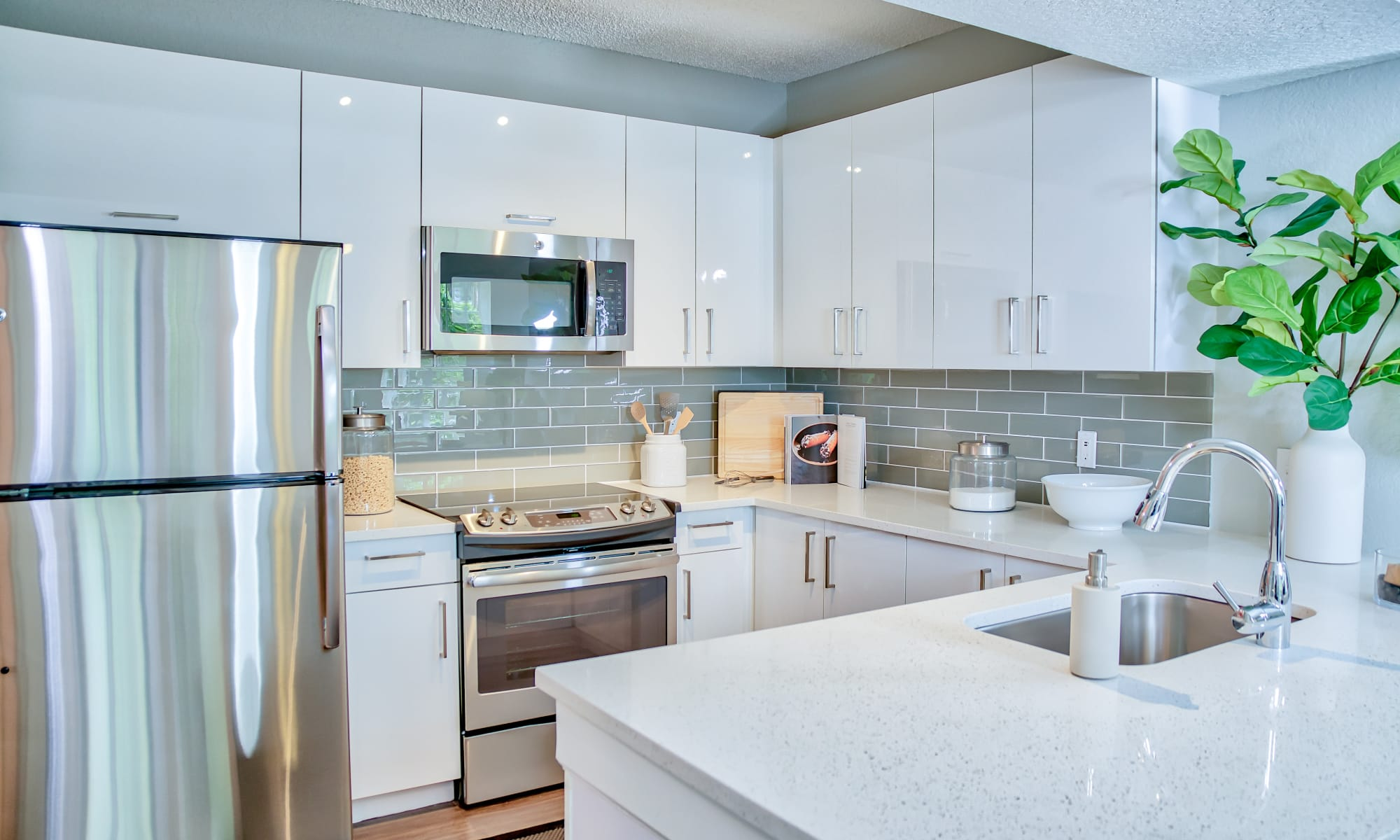 Modern Kitchen at The Sophia at Abacoa | Luxury Apartments in Jupiter, Florida