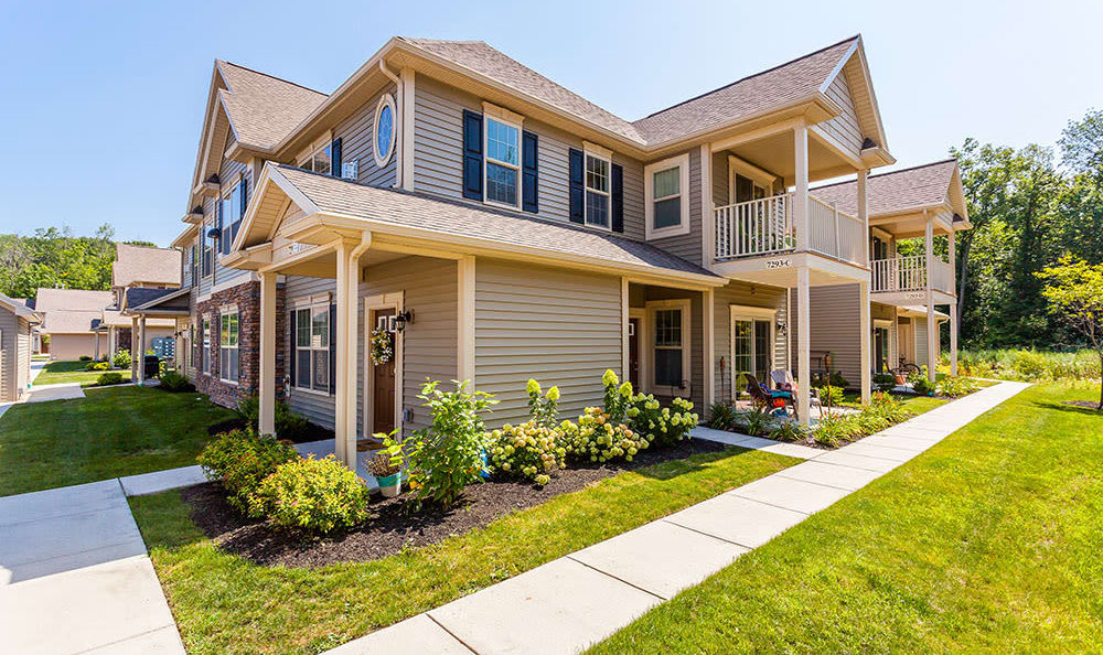 Welcome to Auburn Creek Apartments in Victor, NY