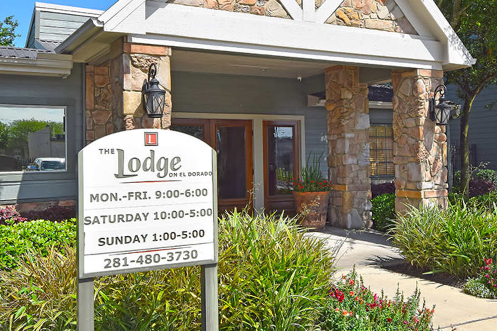 Welcome sign at The Lodge on El Dorado in Webster, Texas