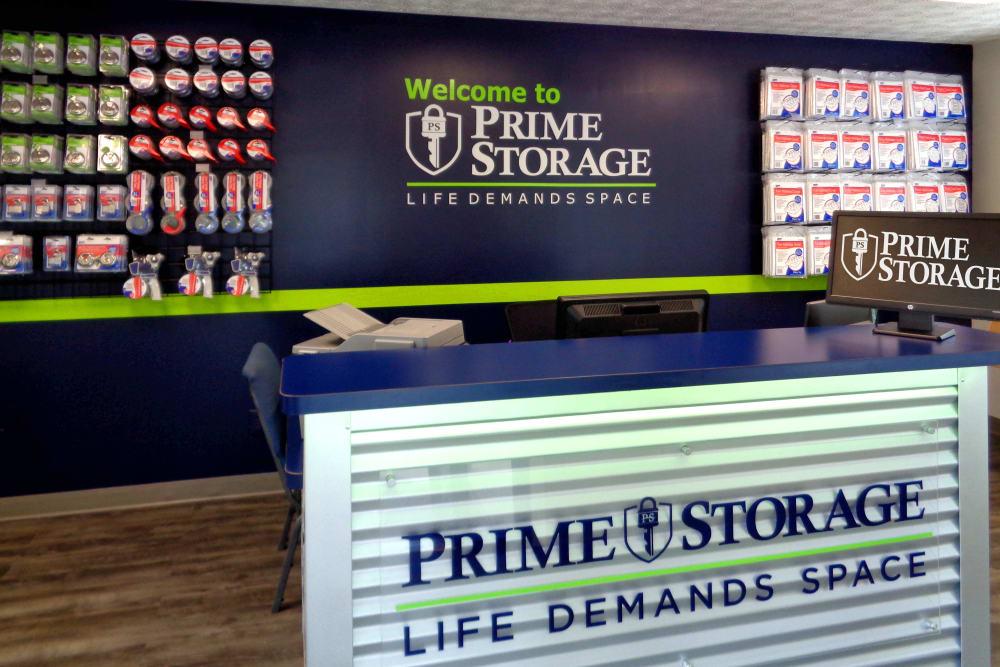 Front desk at Prime Storage in Acworth, Georgia