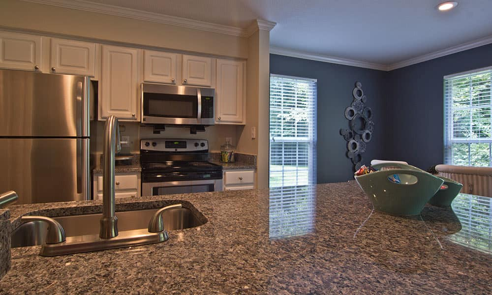 Full-equipped kitchen at The Woods at Polaris Parkway in Westerville