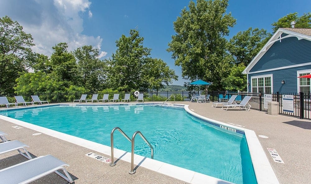 Swimming pool at Waters Edge Apartments in Webster, New York