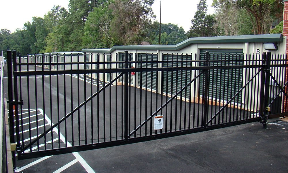 Self storage with electronic gated access