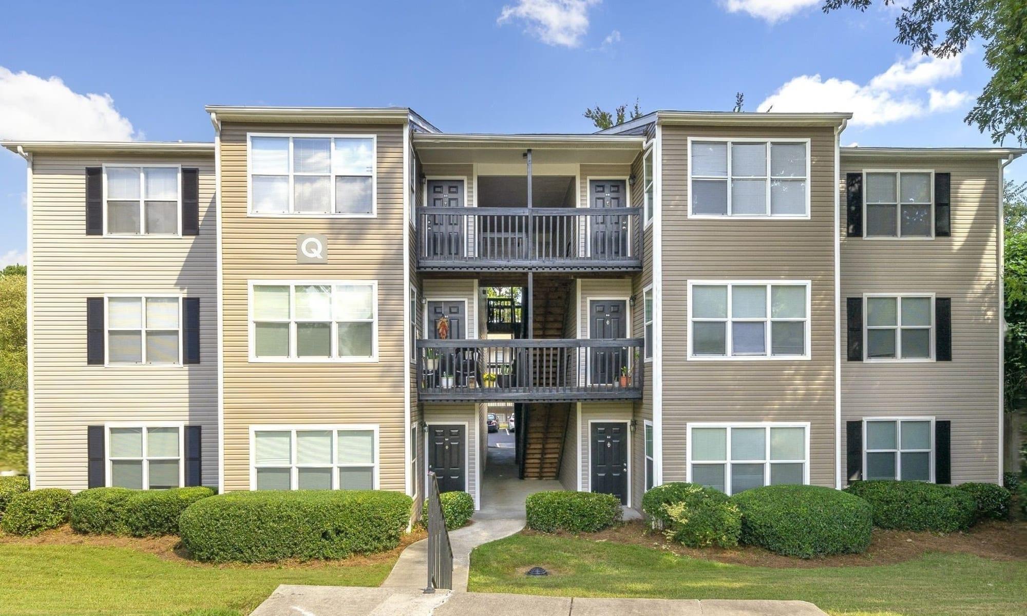 Exterior image of The Greens at Cascade Apartment Homes in Atlanta,GA