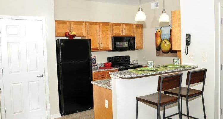 Upgraded kitchen at Rivers Pointe Apartments in Liverpool