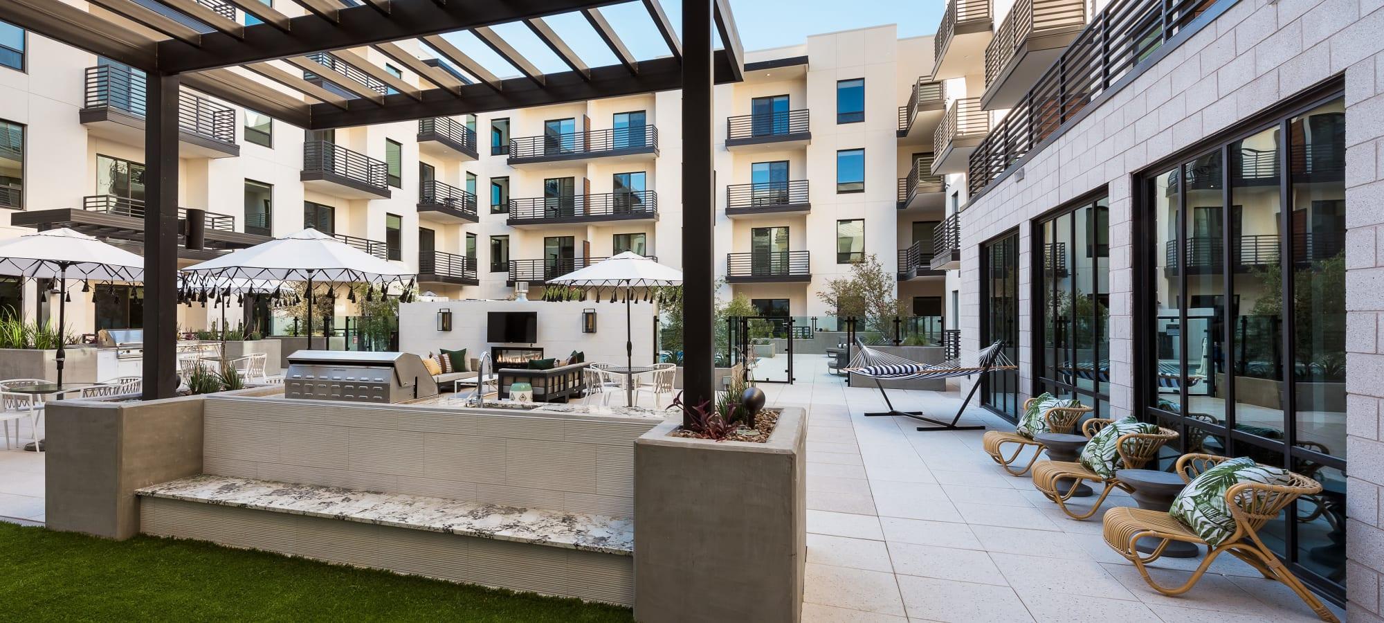 Spacious outdoor area at Gramercy Scottsdale in Scottsdale, Arizona