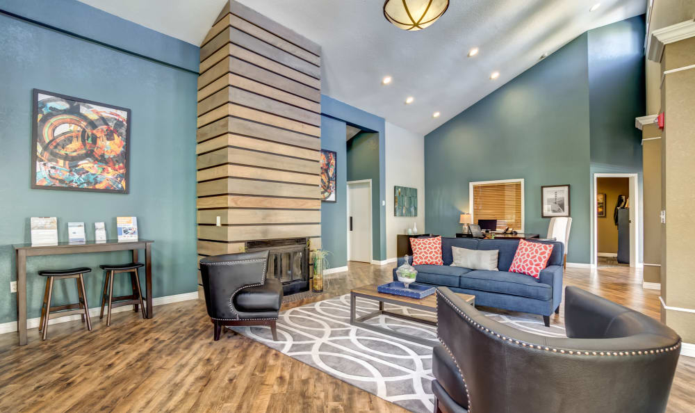 Clubhouse Lounge at Serramonte Ridge Apartment Homes