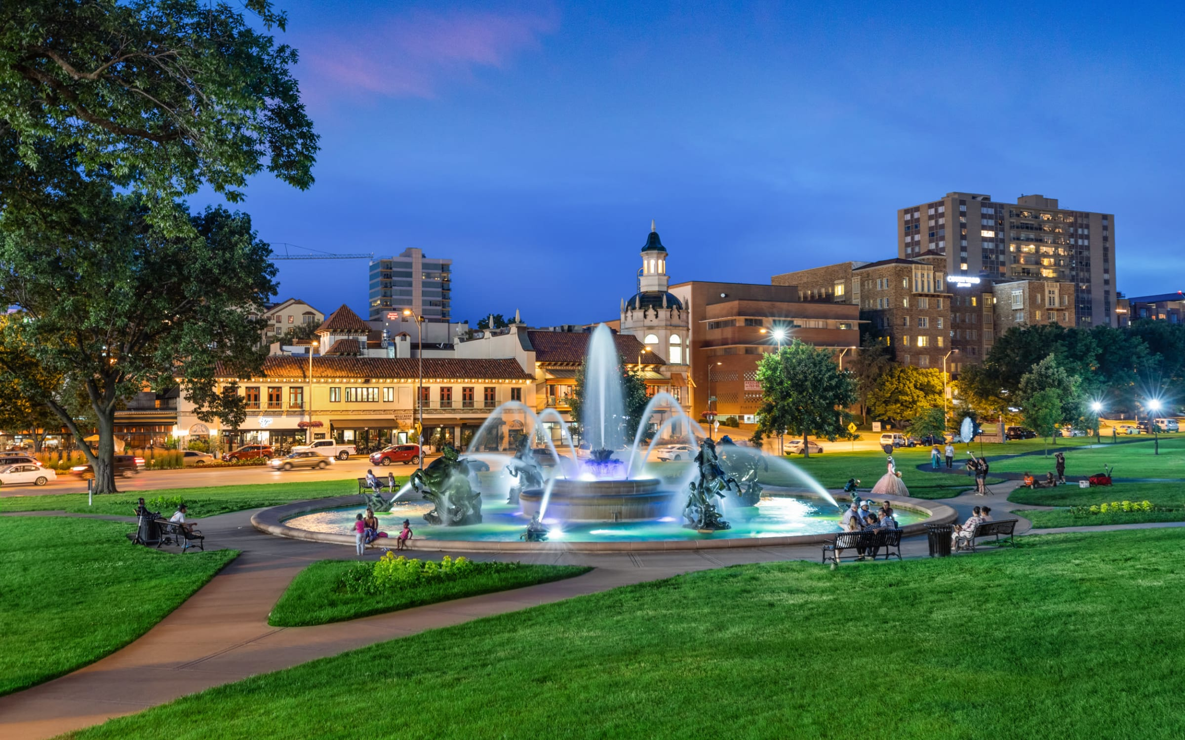 Exclusive offers at Anthology of the Plaza in Kansas City, Missouri.