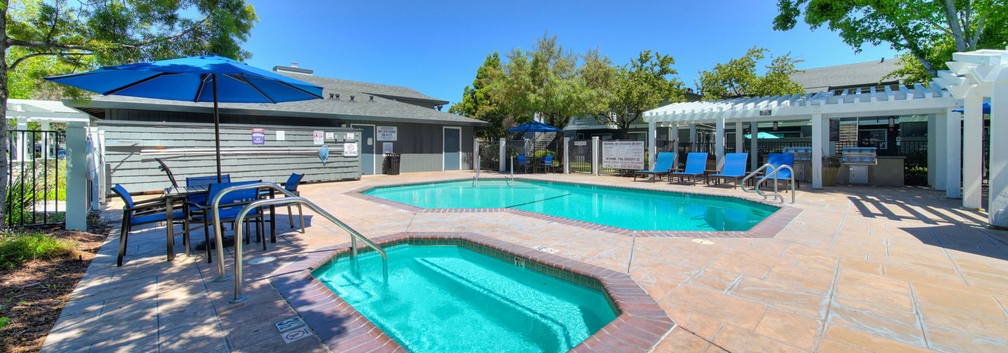 Virtual tours of Parkside Commons Apartments in San Leandro, California
