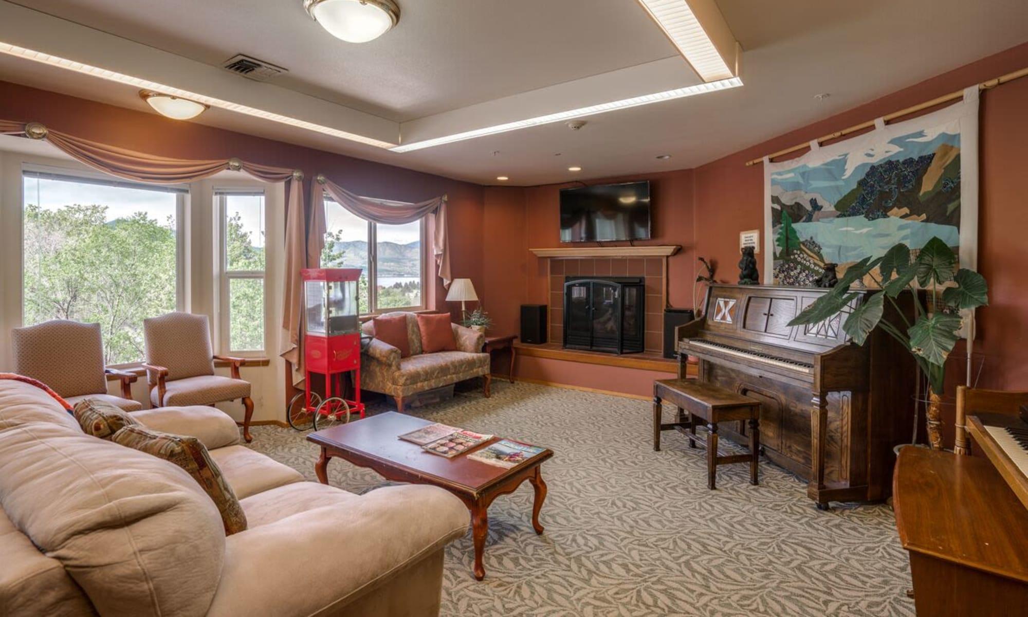 Senior living in Chelan, Washington at Heritage Heights