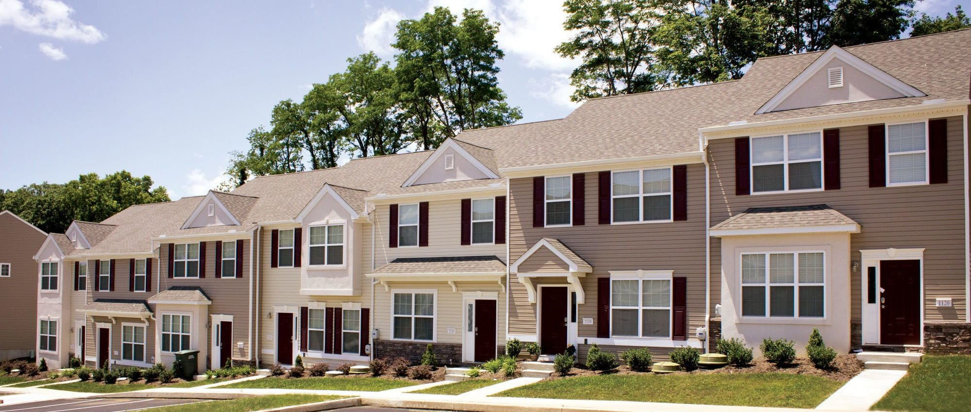Apartments at Emerald Pointe Townhomes  in Harrisburg, Pennsylvania
