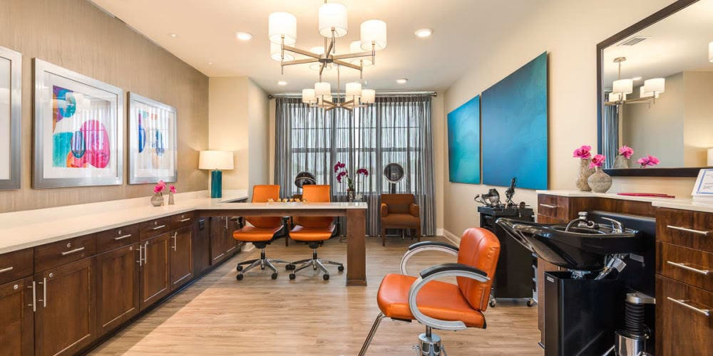 Salon at Stonecrest at Burlington Creek in Kansas City, Missouri