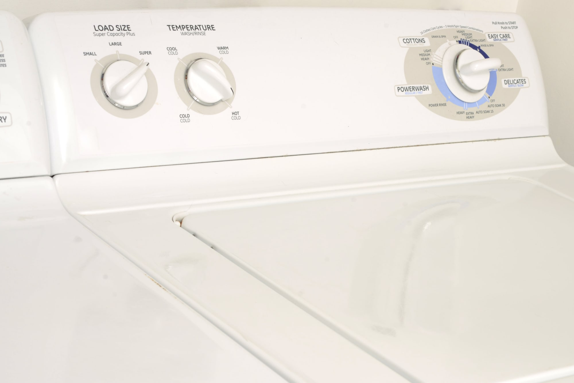 A washer and dryer at Bennington Apartments