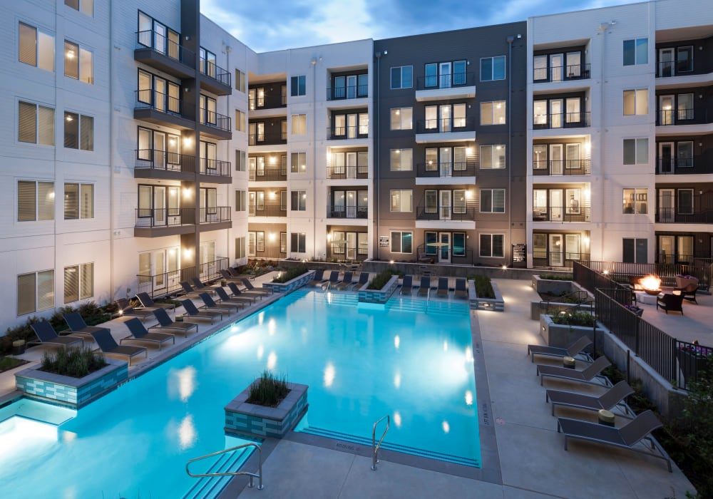 Resort-style swimming pool at Axis 110 in Richardson, Texas