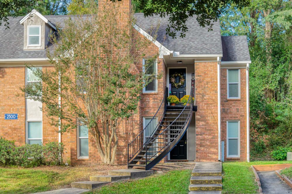 sidewalk view of unit at The Gatsby at Midtown in Montgomery, Alabama
