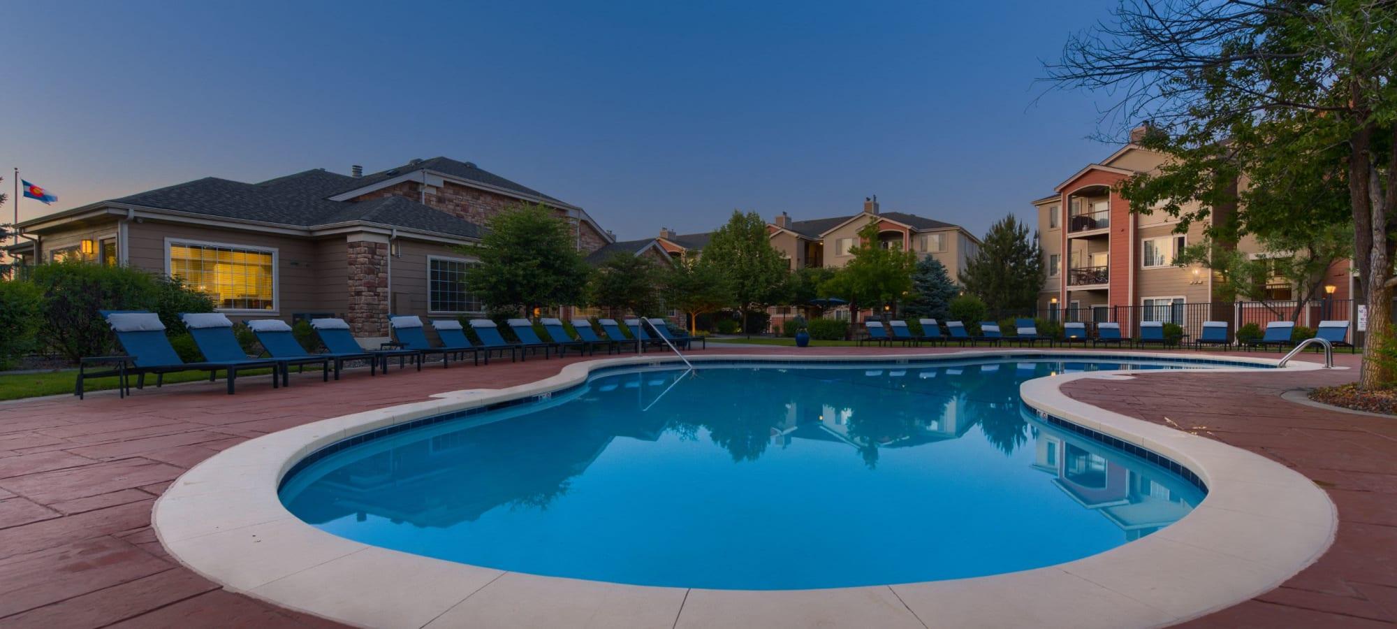 Apartments at Whisper Creek Apartment Homes in Lakewood, Colorado