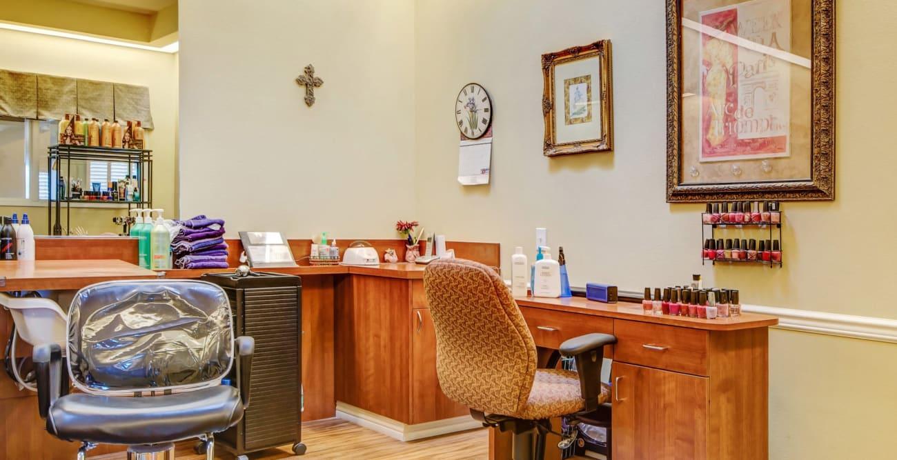 Hair salon at The Commons on Thornton in Stockton, California