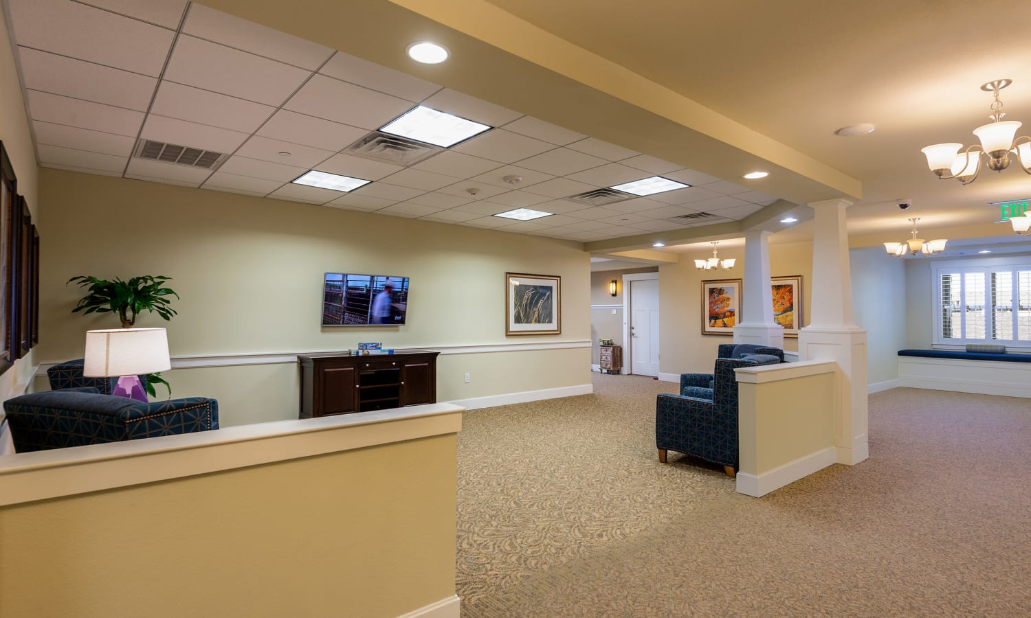 reception area at MacArthur Hills in Irving, Texas