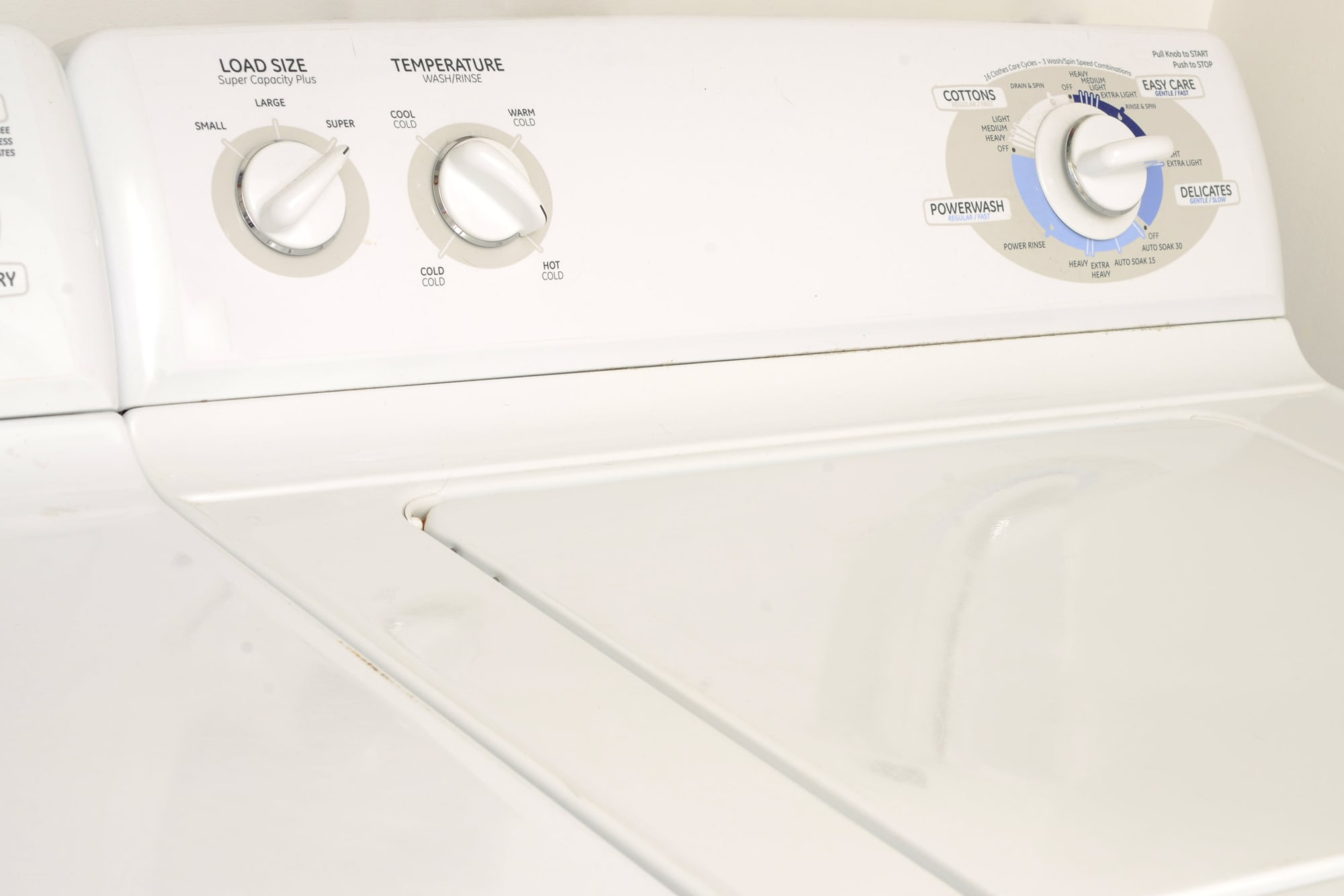 An in-unit washer and dryer at Wellington Apartment Homes in Silverdale, Washington