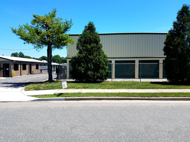 Exterior view of Prime Storage in Centereach, New York