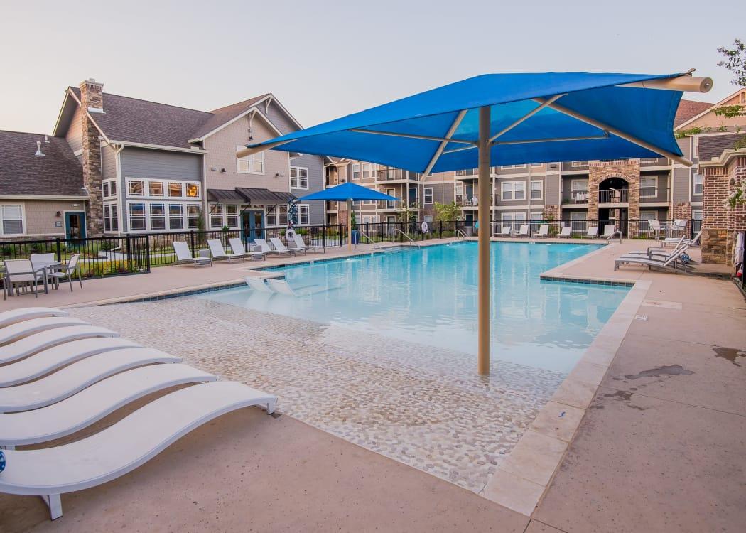 Swimming pool at Cottages at Crestview in Wichita, Kansas