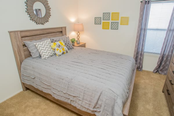 Luxury bedroom at Cedar Glade Apartments in Tulsa, Oklahoma