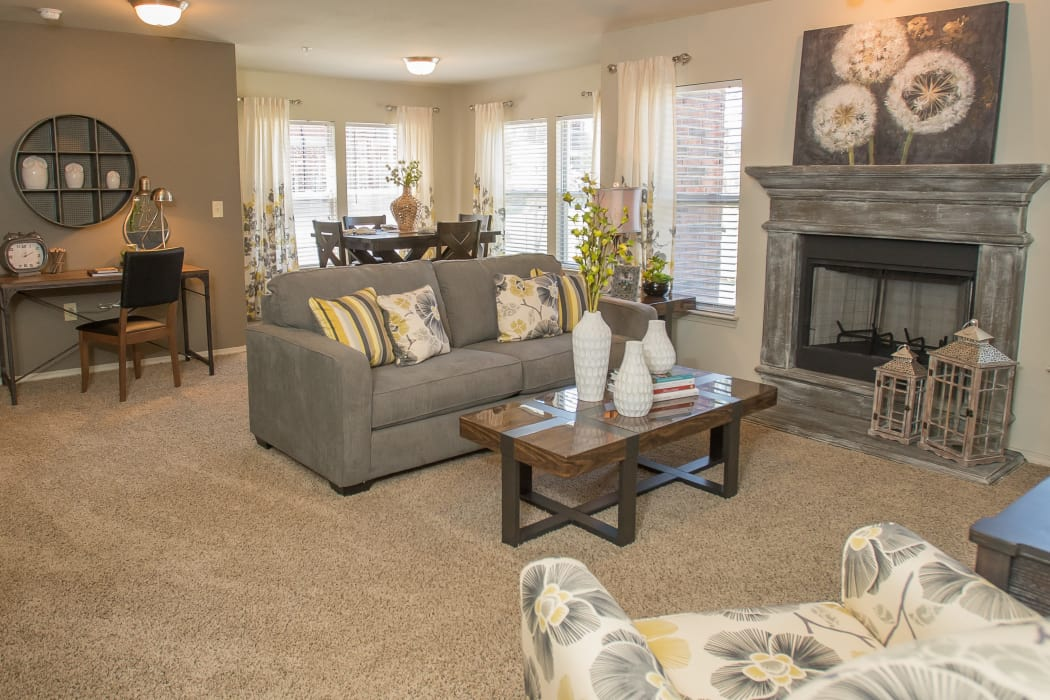 Spacious floor plan at The Reserve at Elm in Jenks, Oklahoma