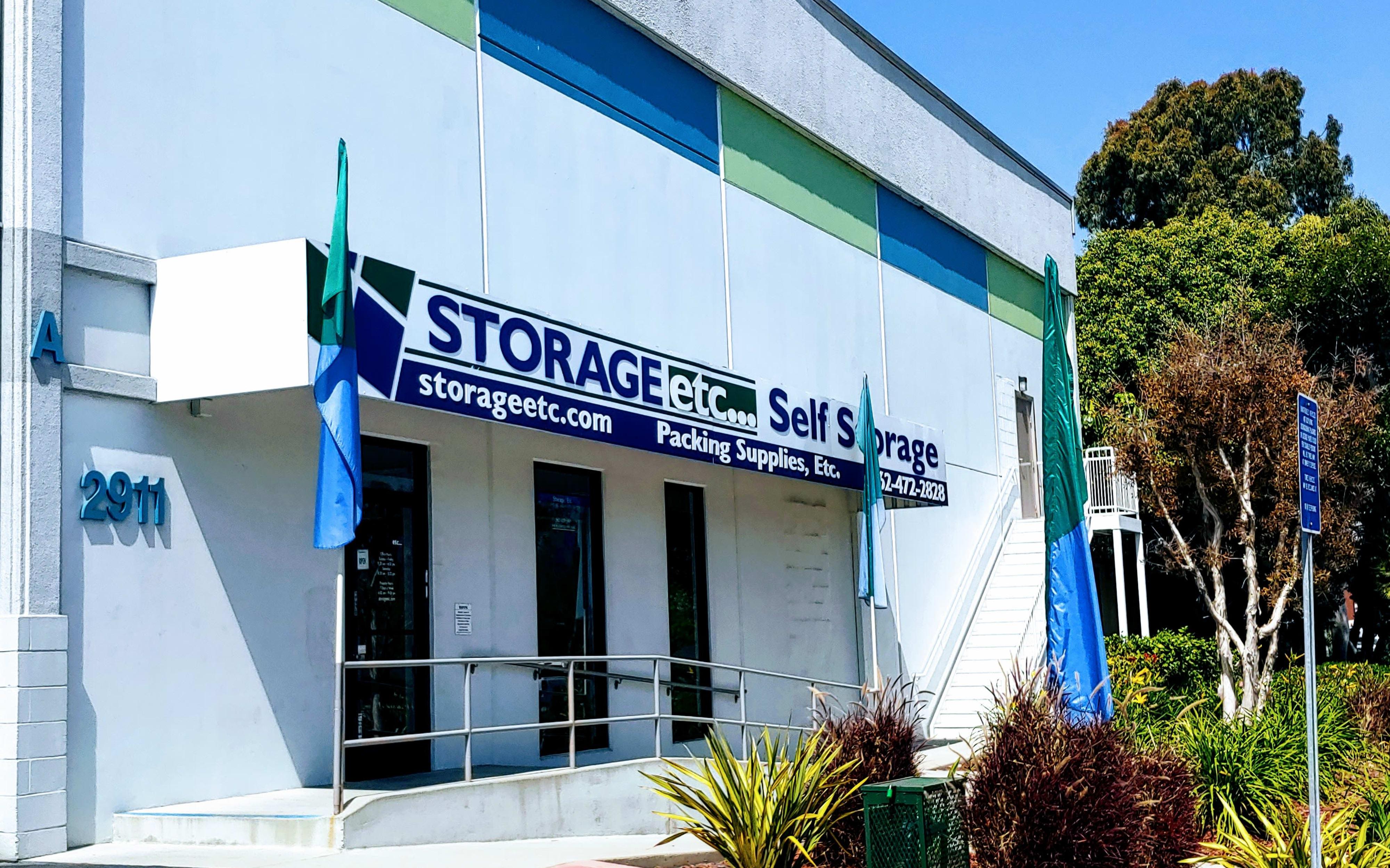 Self storage in Long Beach CA