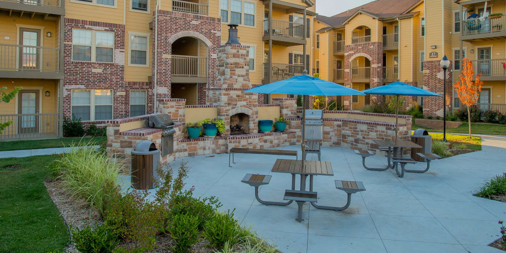 Beautiful outdoor patio area at Portofino Apartments in Wichita, Kansas