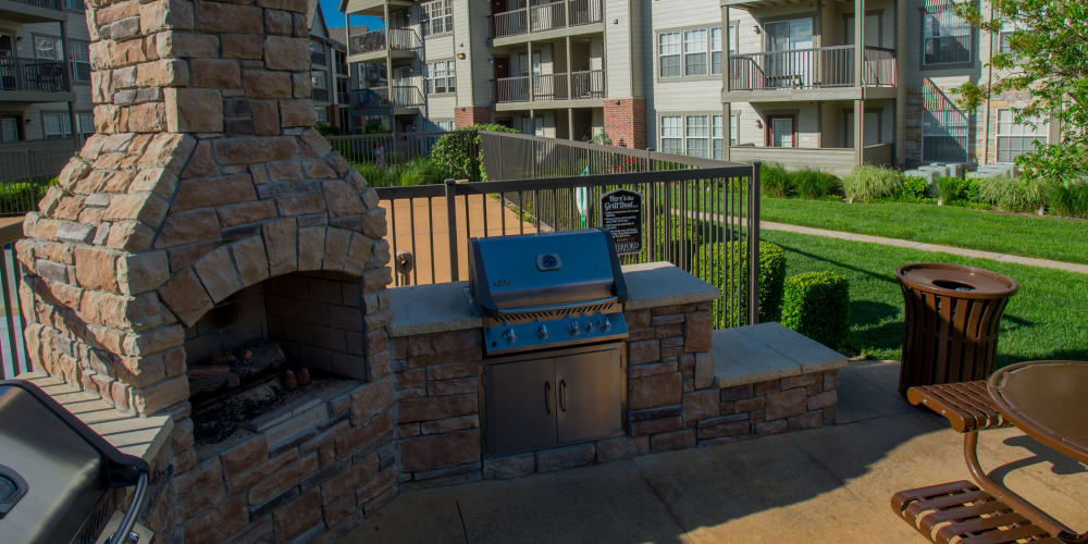 Grilling and chill area at Villas of Waterford Apartments in Wichita, Kansas