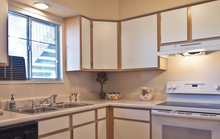 Plenty of storage in your kitchen at Steeplechase Apartments & Townhomes in Toledo, Ohio