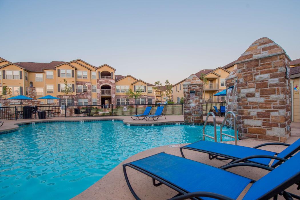 Beautiful resort style swimming pool at Villas at Canyon Ranch in Yukon, Oklahoma
