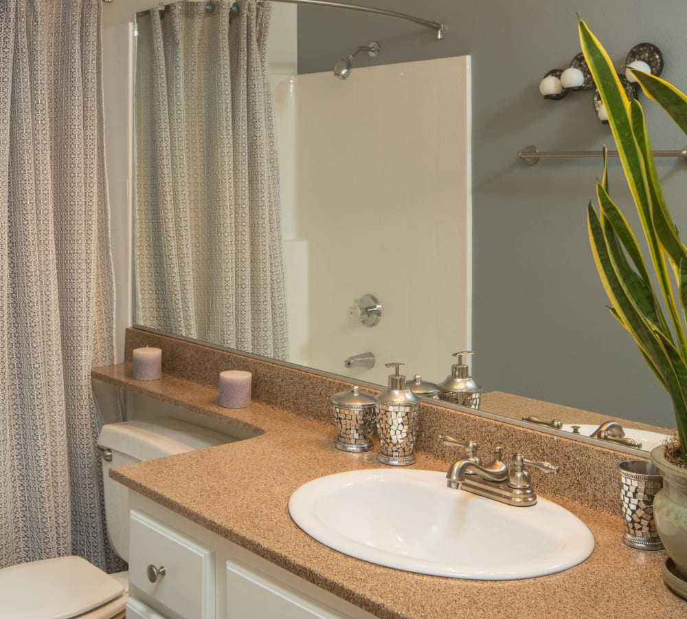 Bathroom with a banjo counter top at Paloma Summit Condominium Rentals in Foothill Ranch, California