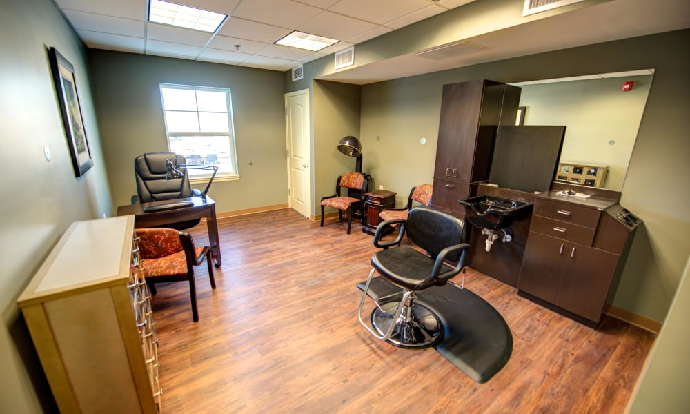 Salon at The Gardens at Jackson Creek in Independence