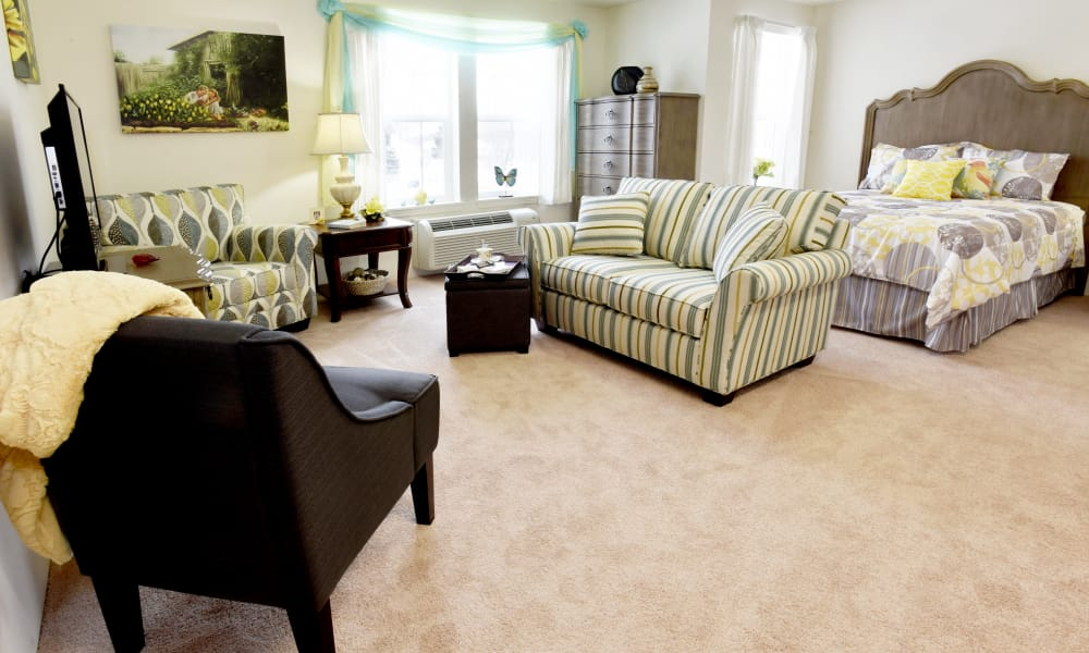 A spacious studio apartment floor plan at Meadowlark Estates Gracious Retirement Living in Lawrence, Kansas
