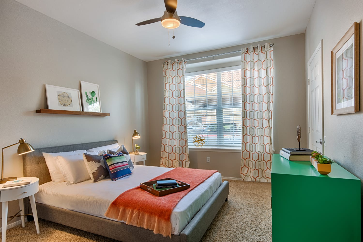 Enjoy large bedrooms with big windows to let the light in at Sonoran Vista Apartments in Scottsdale, Arizona