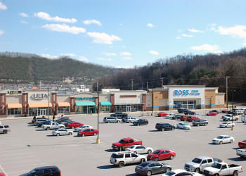 Shops at Pikeville Commons Apartments in Pikeville, Kentucky